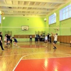 Отборочный этап соревнований по волейболу среди команд Октябрьского района_3